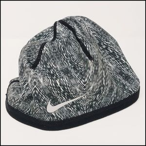 Nike | Reversible Dri-fit Beanie
